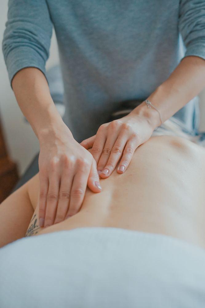 En massasje kan gjøre underverker for ryggen
